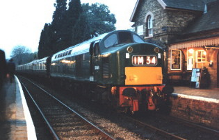 D345 in the half-light at Hampton Loade